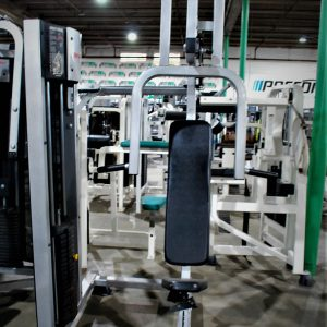 Life Fitness Club Series Chest Press
