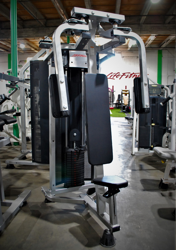 Life Fitness Pectoral Fly