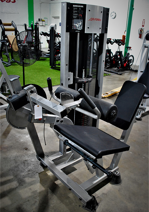 Life Fitness Club Series Seated Leg Curl
