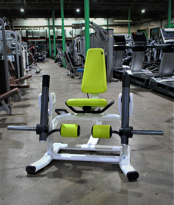 Precor Discovery Plate Loaded Leg Extension